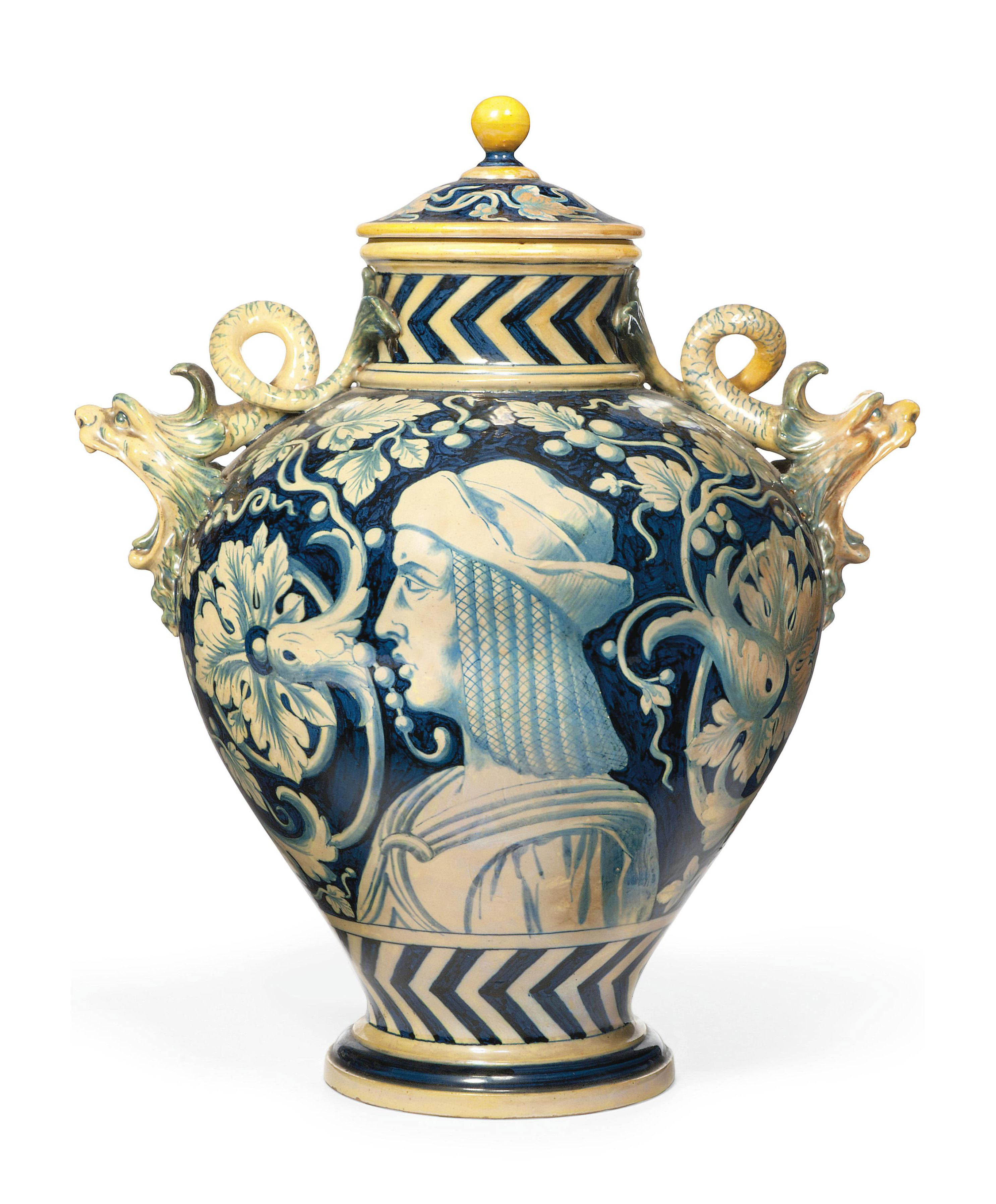 A GINORI LUSTRE TWO-HANDLED VASE AND COVER