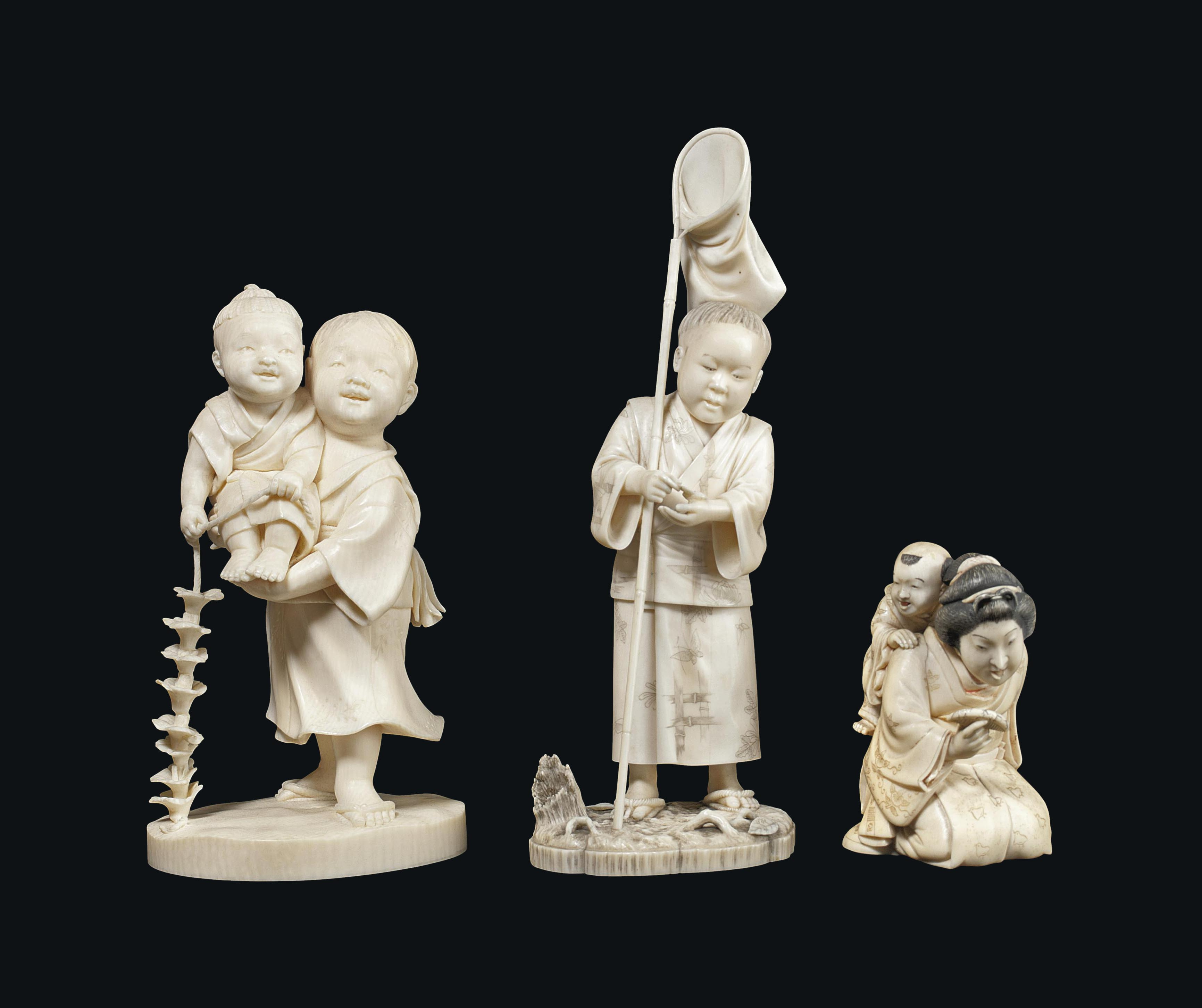 Three Ivory Okimono [Sculptura