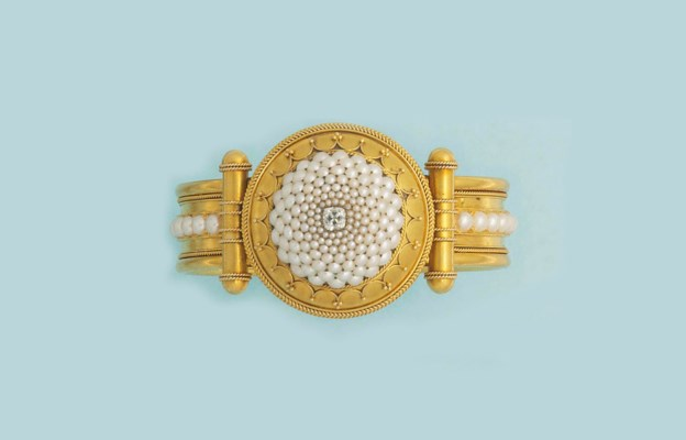 An archaeological revival gold