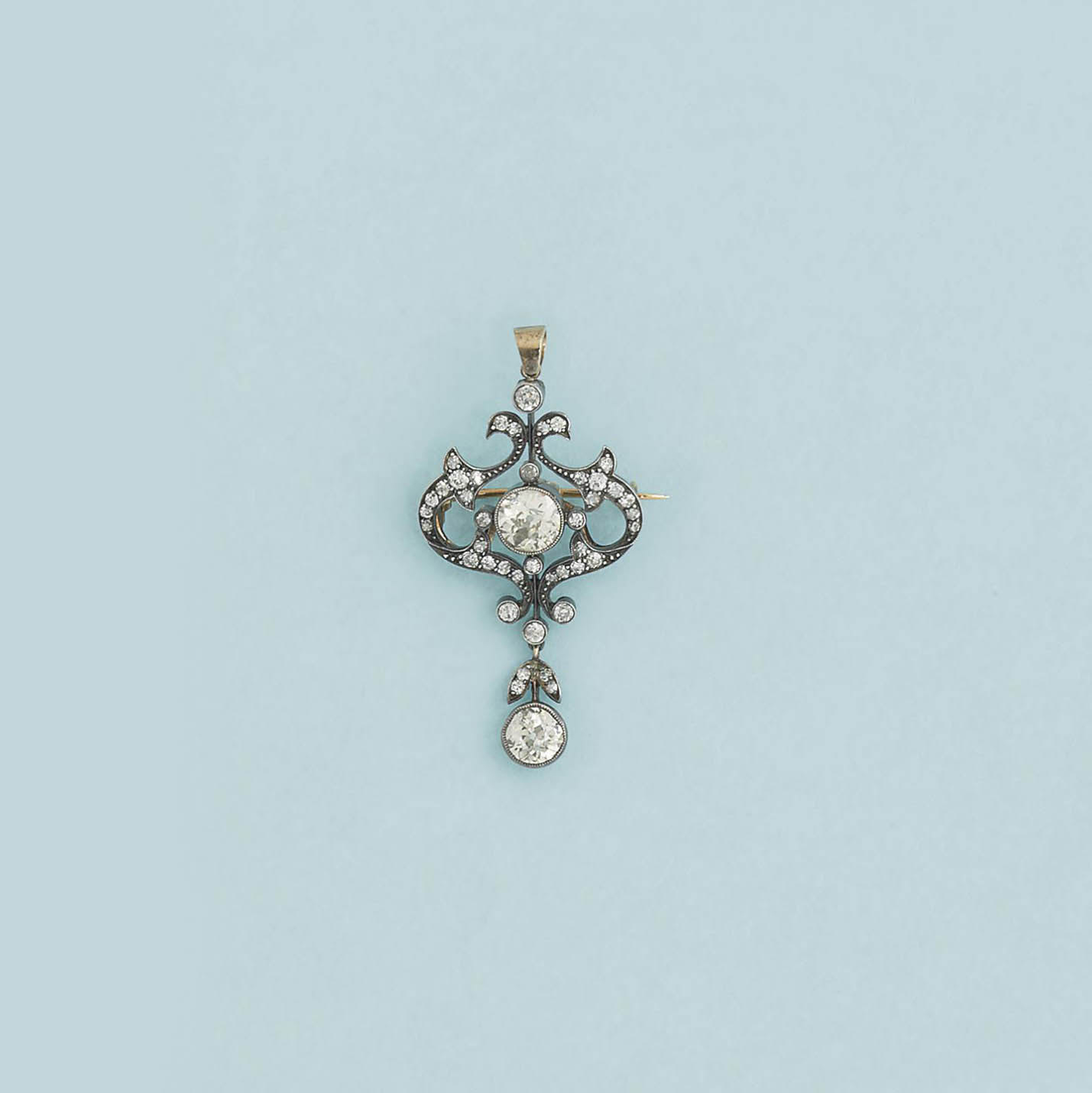 A late 19th century diamond brooch/pendant