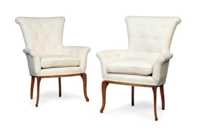 A PAIR OF CONTINENTAL WALNUT A