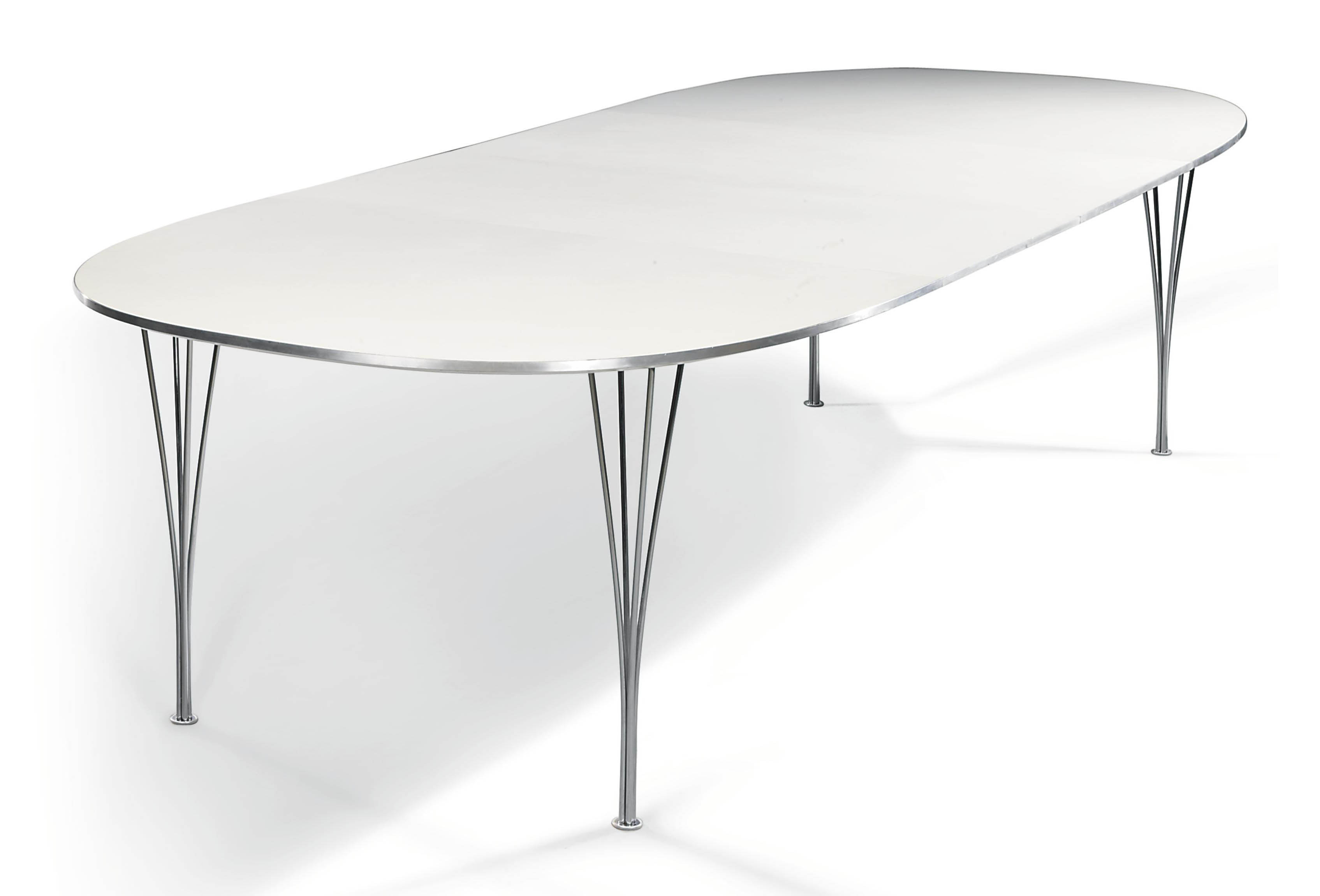 A PIET HEIN 'SUPERELIPSE' EXTENDING DINING TABLE