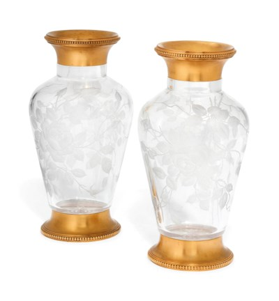 A PAIR OF FRENCH BACCARAT GLAS