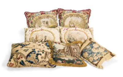 A COLLECTION OF VARIOUS CUSHIO