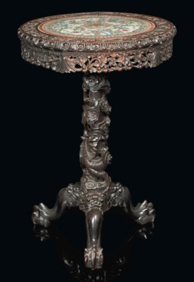 A CHINESE CARVED CIRCULAR TABL