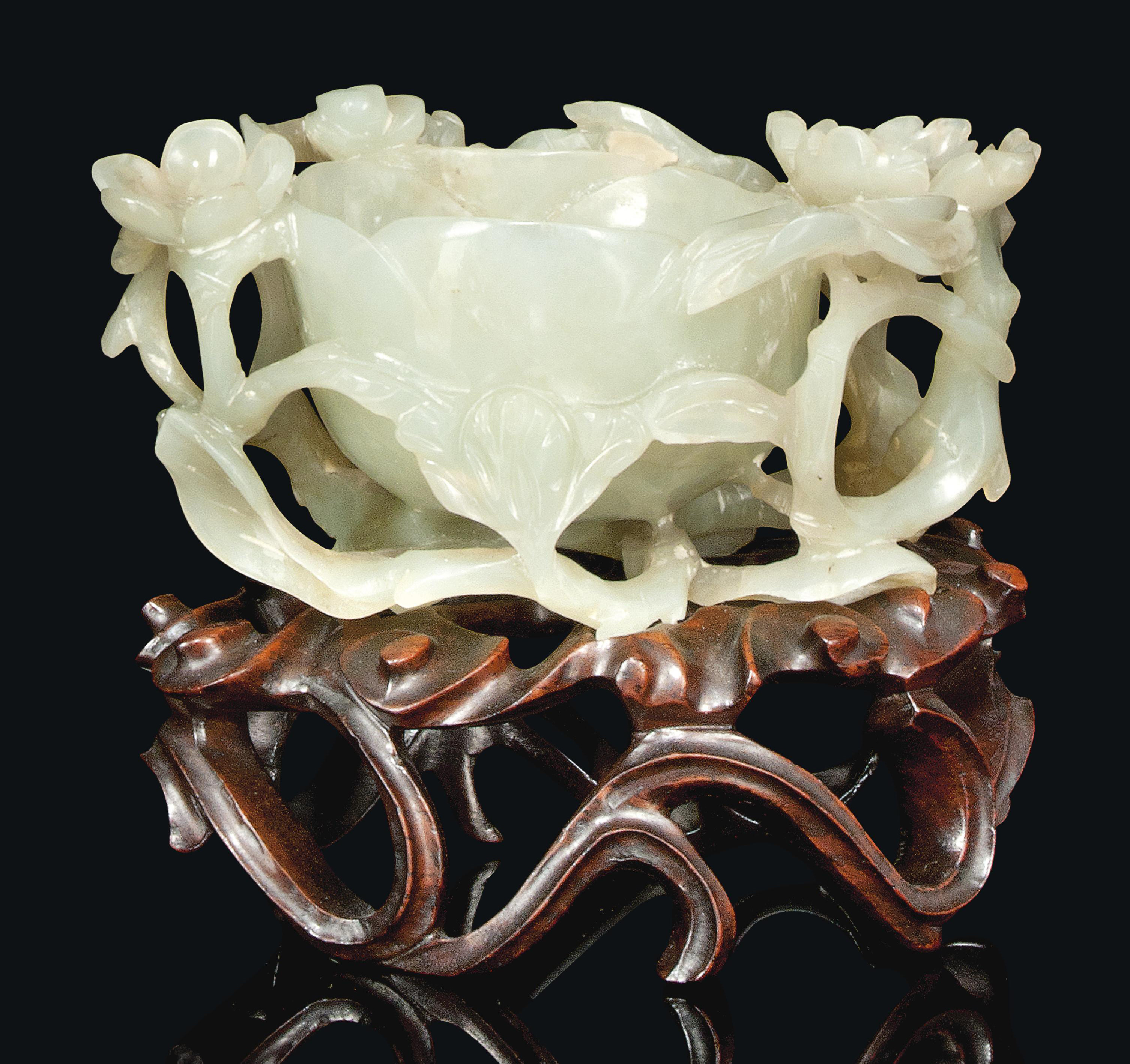 A CHINESE CELADON JADE BRUSH W