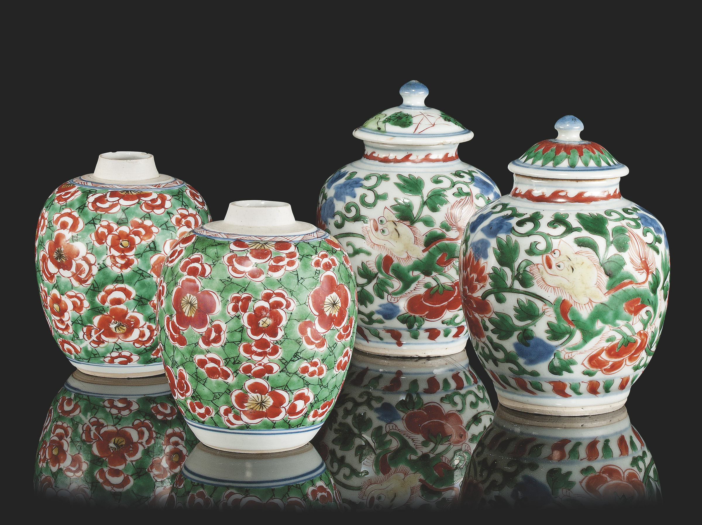 TWO PAIRS OF CHINESE OVOID JAR