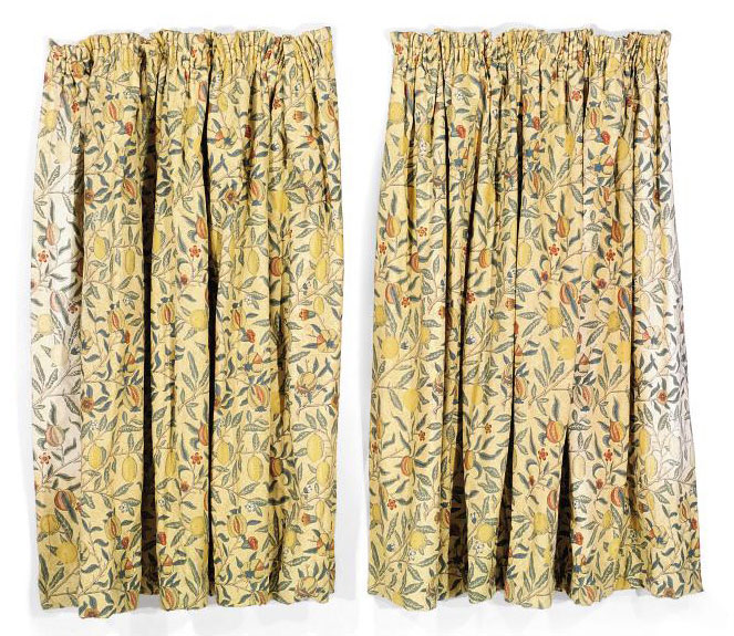 TWO PAIRS OF THREE QUARTER LENGTH CURTAINS