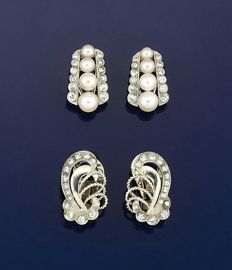 Two pairs of earclips