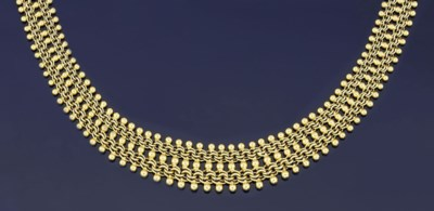 A fancy link necklace
