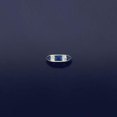 A sapphire and diamond five st