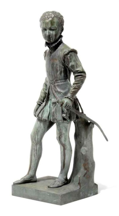 A FRENCH BRONZE STATUETTE OF H