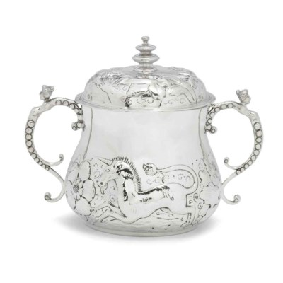 AN EDWARDIAN SILVER REPRODUCTI