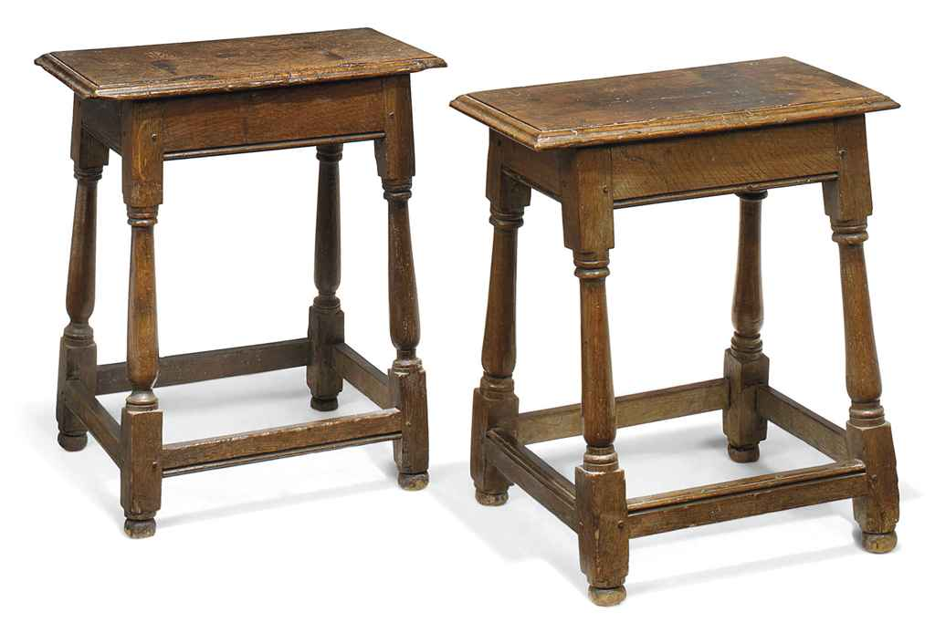 A PAIR OF GEORGE III OAK JOINE