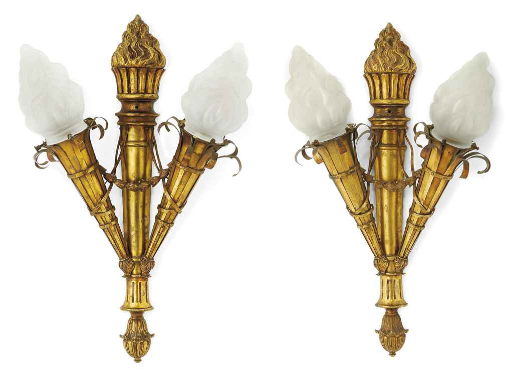 A PAIR OF GILT-BRONZE WALL LIGHTS