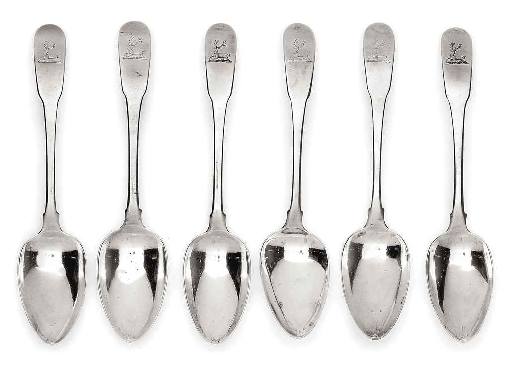 A SET OF SIX GEORGE III IRISH SILVER FIDDLE PATTERN TABLE SPOONS
