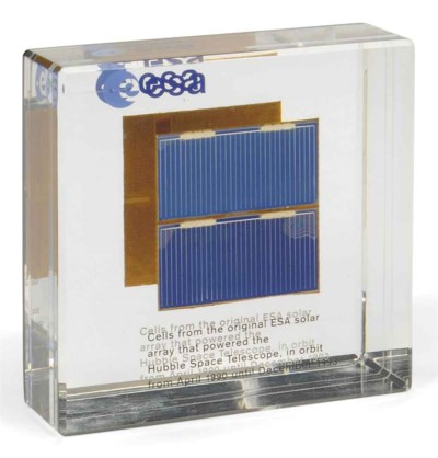 Solar cells from the Hubble Sp