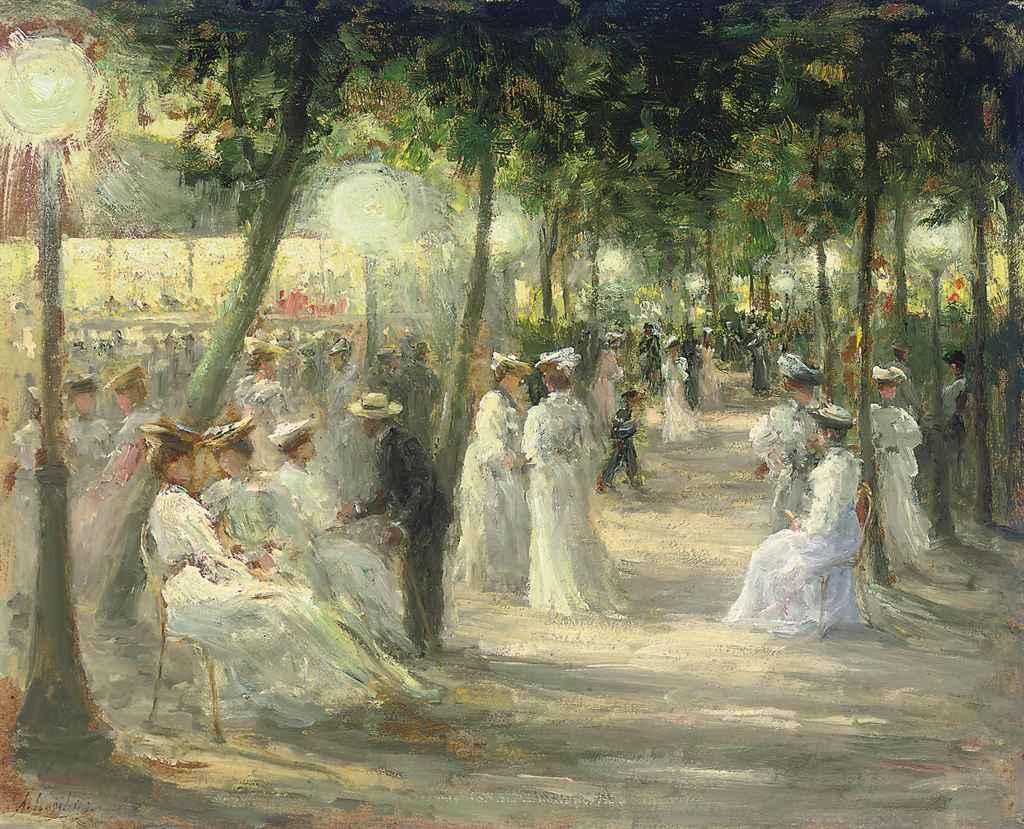 Une soirée d'été au Champs Elysées