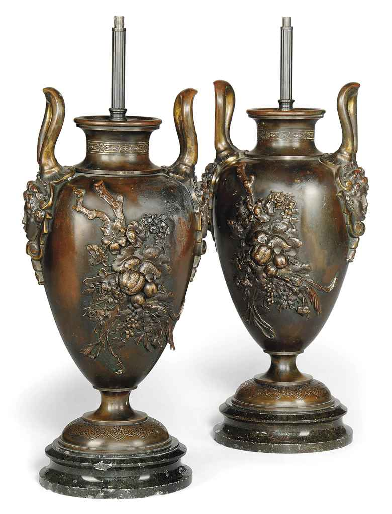 A PAIR OF BRONZE TABLE LAMPS C