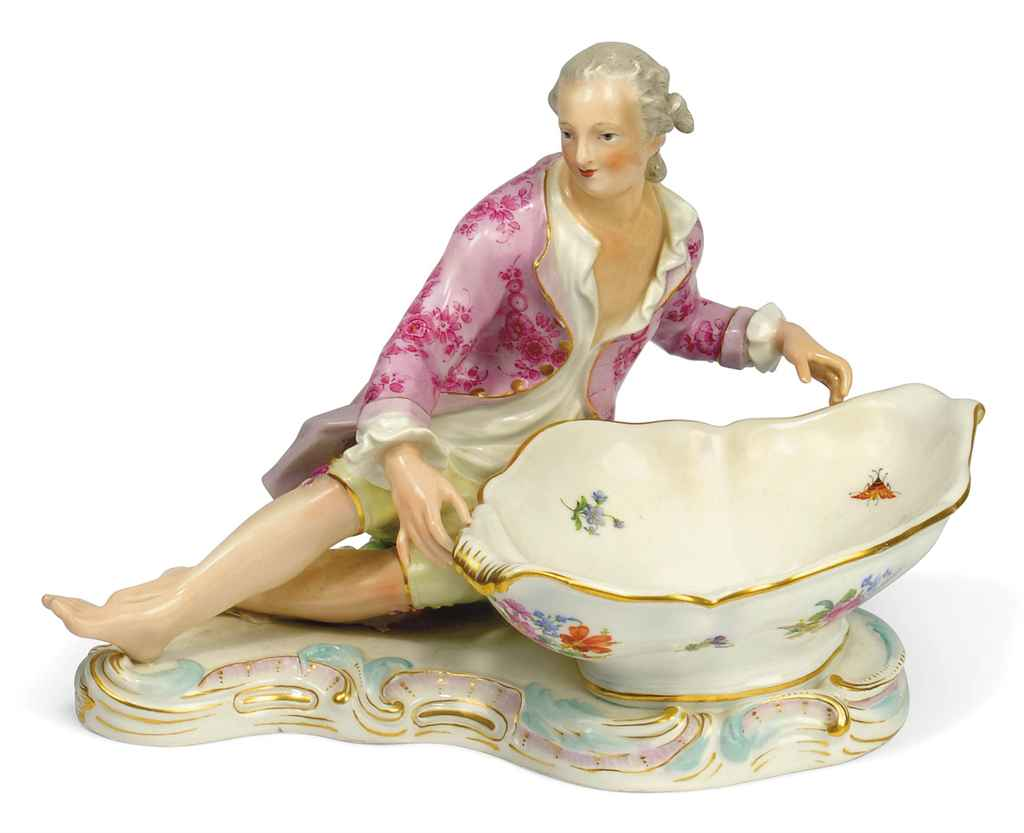 A MEISSEN LARGE SHAPED CIRCULA