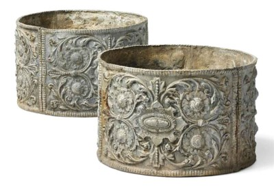 A PAIR OF ENGLISH LEAD PLANTER