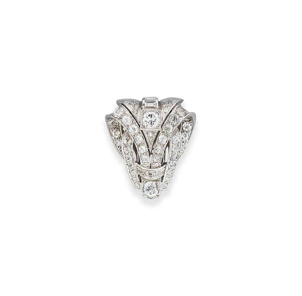 An art deco diamond clip brooch