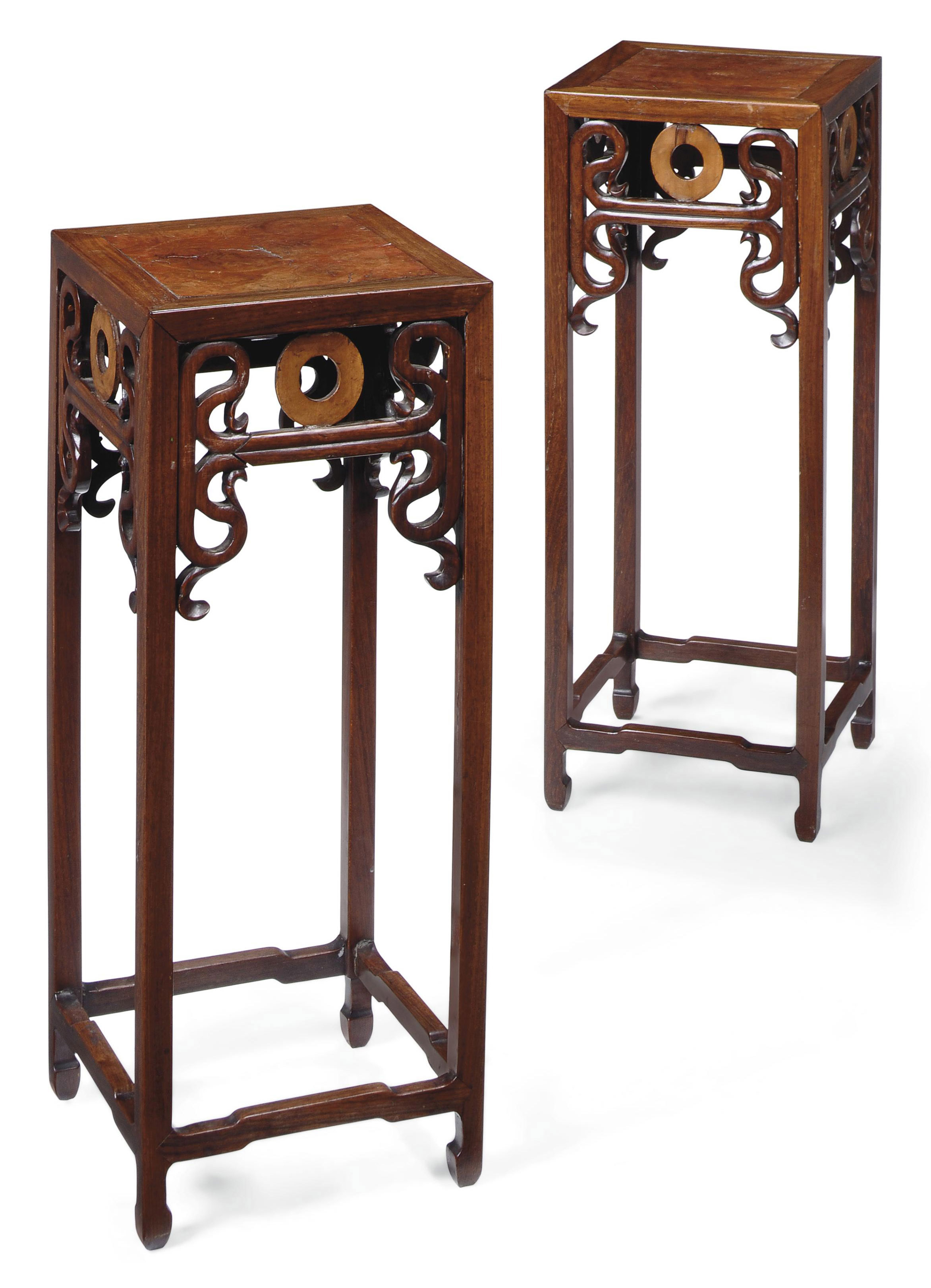 A PAIR OF CHINESE ROSEWOOD AND BURR ELM URN STANDS