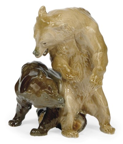 A MEISSEN GROUP OF TWO BEARS