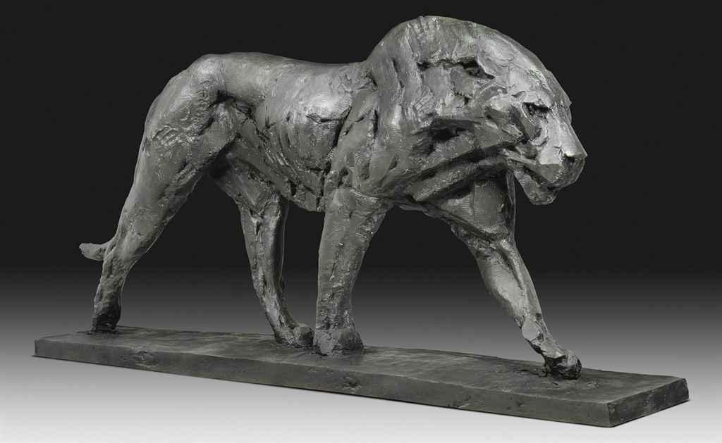 Walking Lion, Life-size