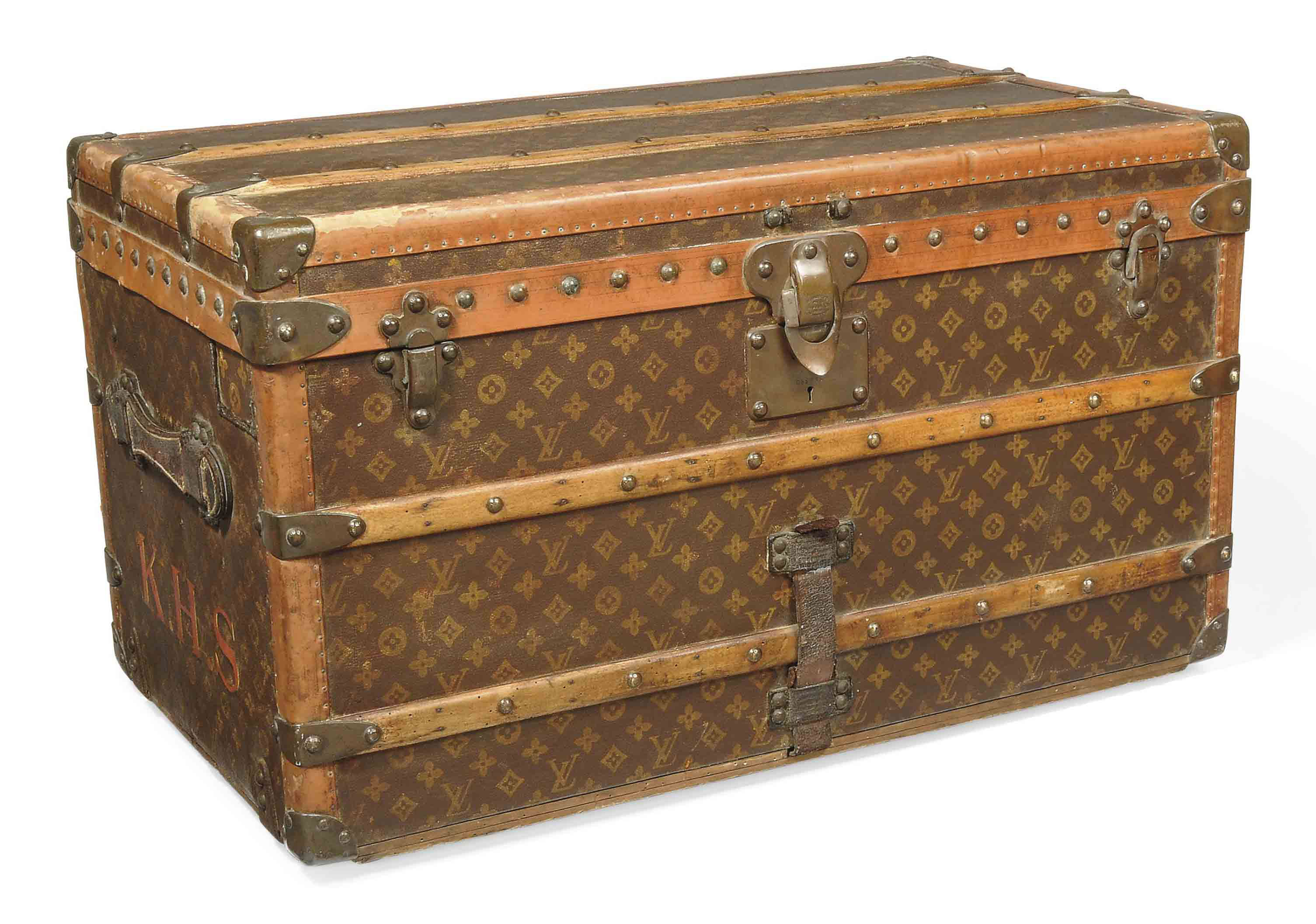 A COURRIER TRUNK IN MONOGRAM C