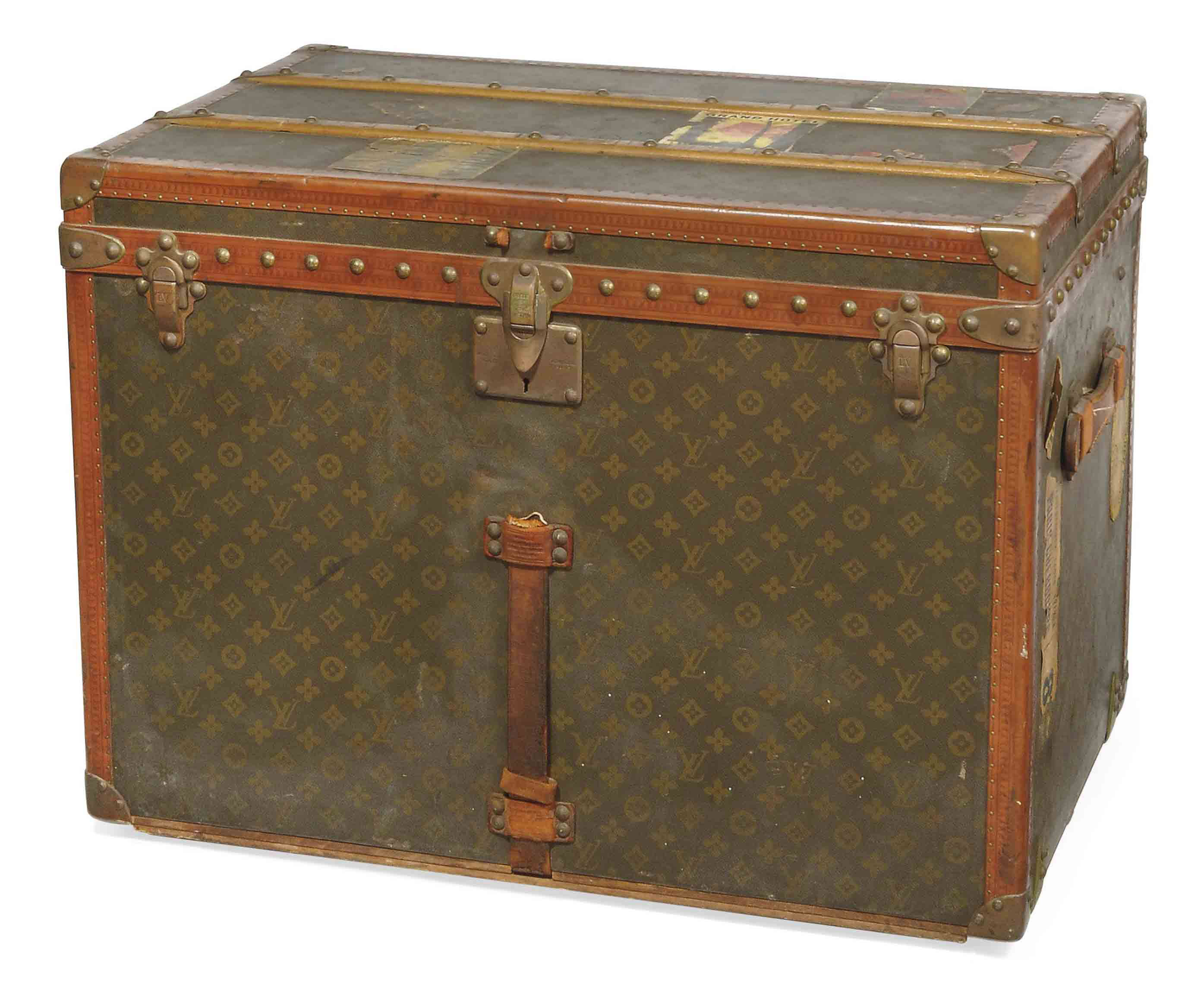 A TRUNK IN MONOGRAM CANVAS