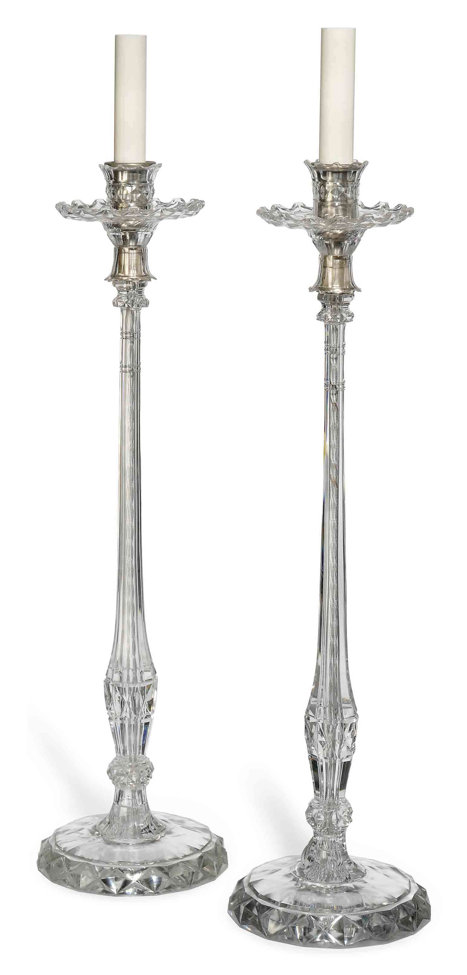 A PAIR OF GLASS TABLE LAMPS
