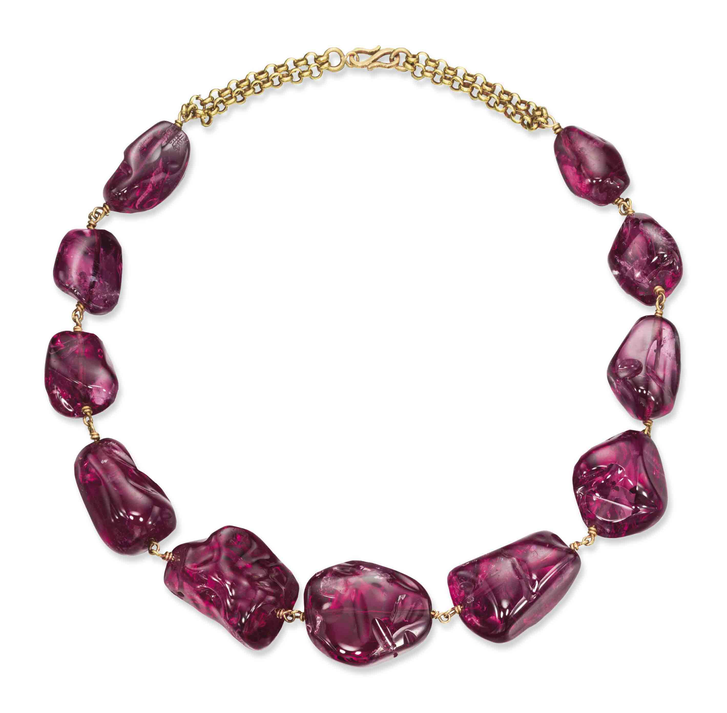 AN IMPERIAL MUGHAL SPINEL NECKLACE