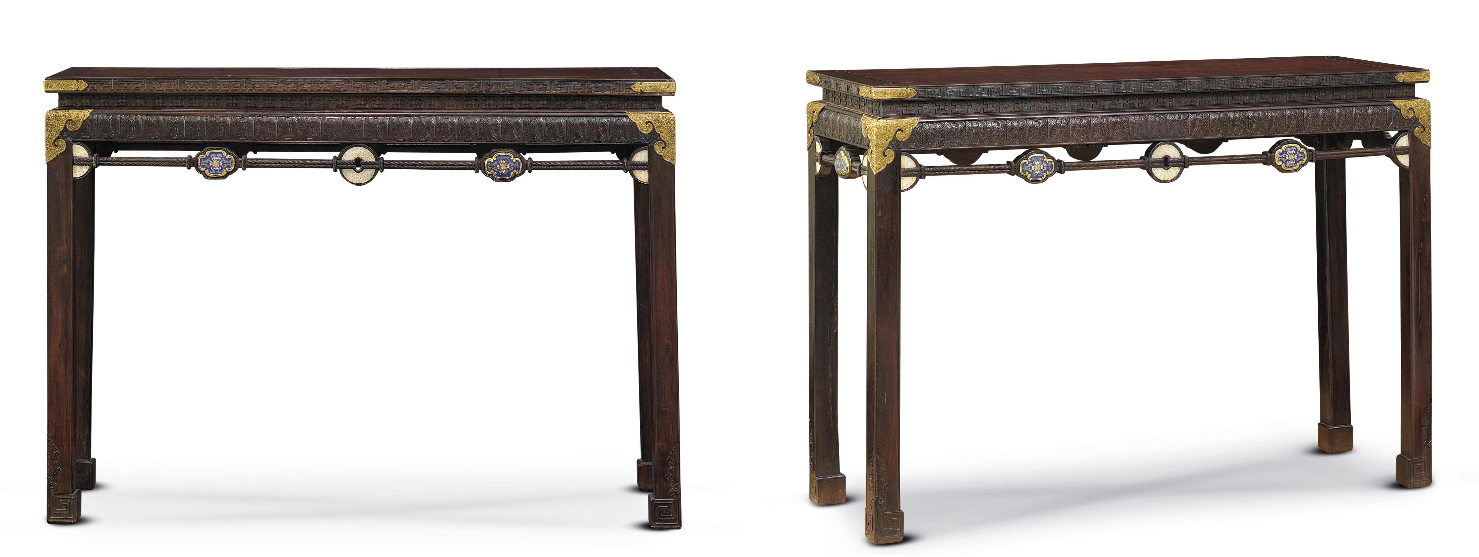 A VERY RARE PAIR OF IMPERIAL EMBELLISHED HARDWOOD CORNER-LEG TABLES