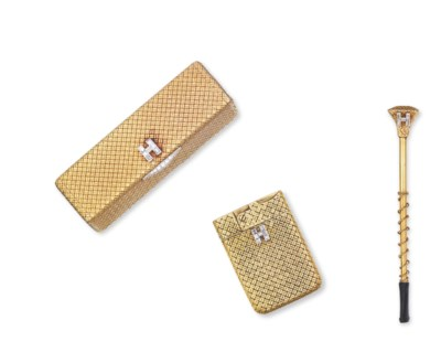 A SET OF GOLD AND DIAMOND ACCE