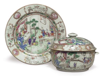 A FAMILLE ROSE ROUND TUREEN, C
