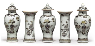 A GRISAILLE AND GILT FIVE-VASE