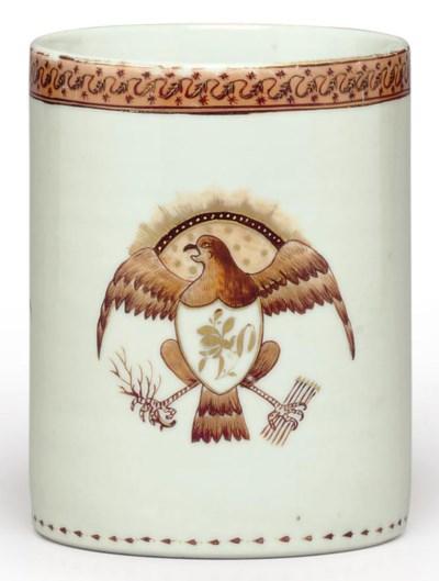 A UNITED STATES EAGLE MUG