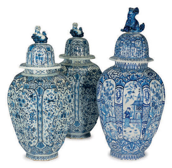 AN ASSEMBLED THREE-PIECE DUTCH DELFT BLUE AND WHITE 18TH CENTURY-STYLE GARNITURE,