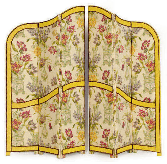 A PAIR OF FLORAL SILK DAMASK-COVERED THREE-PANEL DRESSING SCREENS,