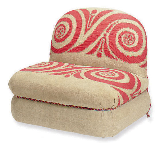 AN OATMEAL TWILL AND RED COTTON-UPHOLSTERED SLIPPER CHAIR,
