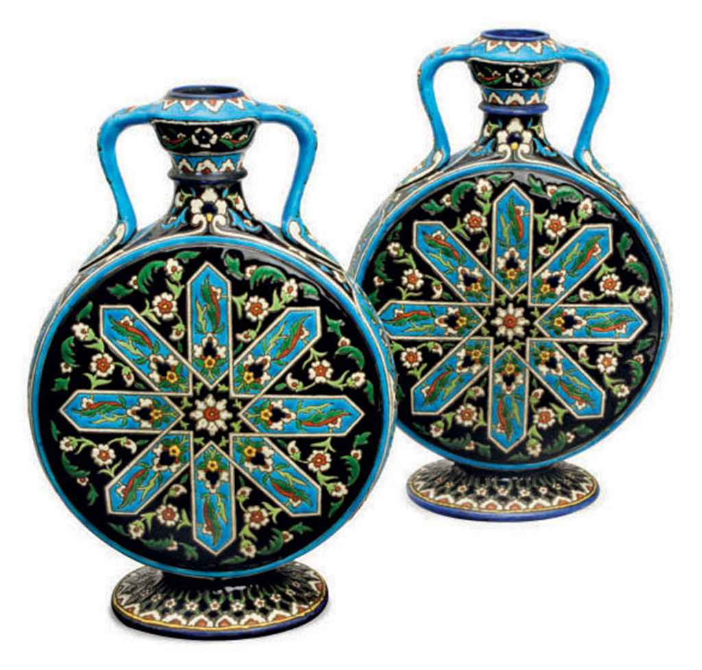 A PAIR OF TURQUOISE-GROUND EARTHENWARE FLATTENED MOON FLASKS,