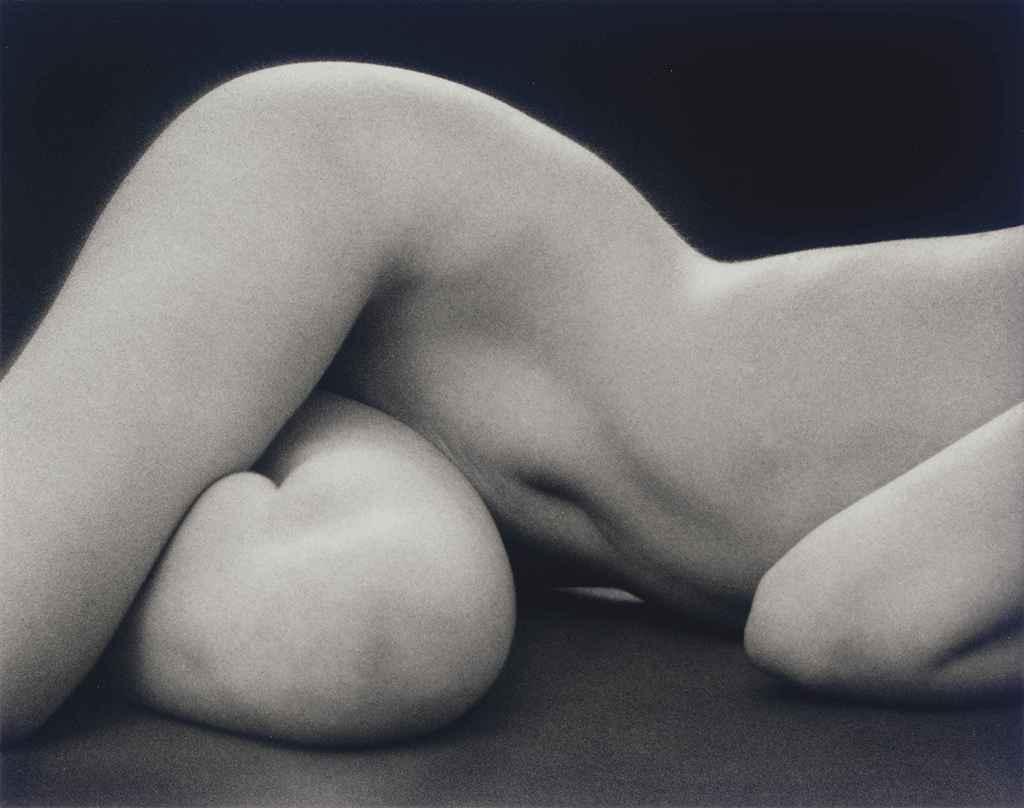 Hips Horizontal, 1975