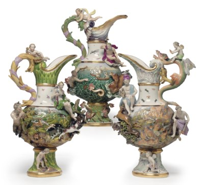 A SET OF THREE MEISSEN PORCELA