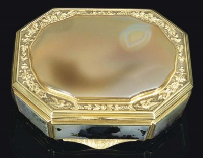 A GEORGE II GOLD AND HARDSTONE