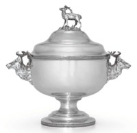 AN AMERICAN SILVER SOUP TUREEN