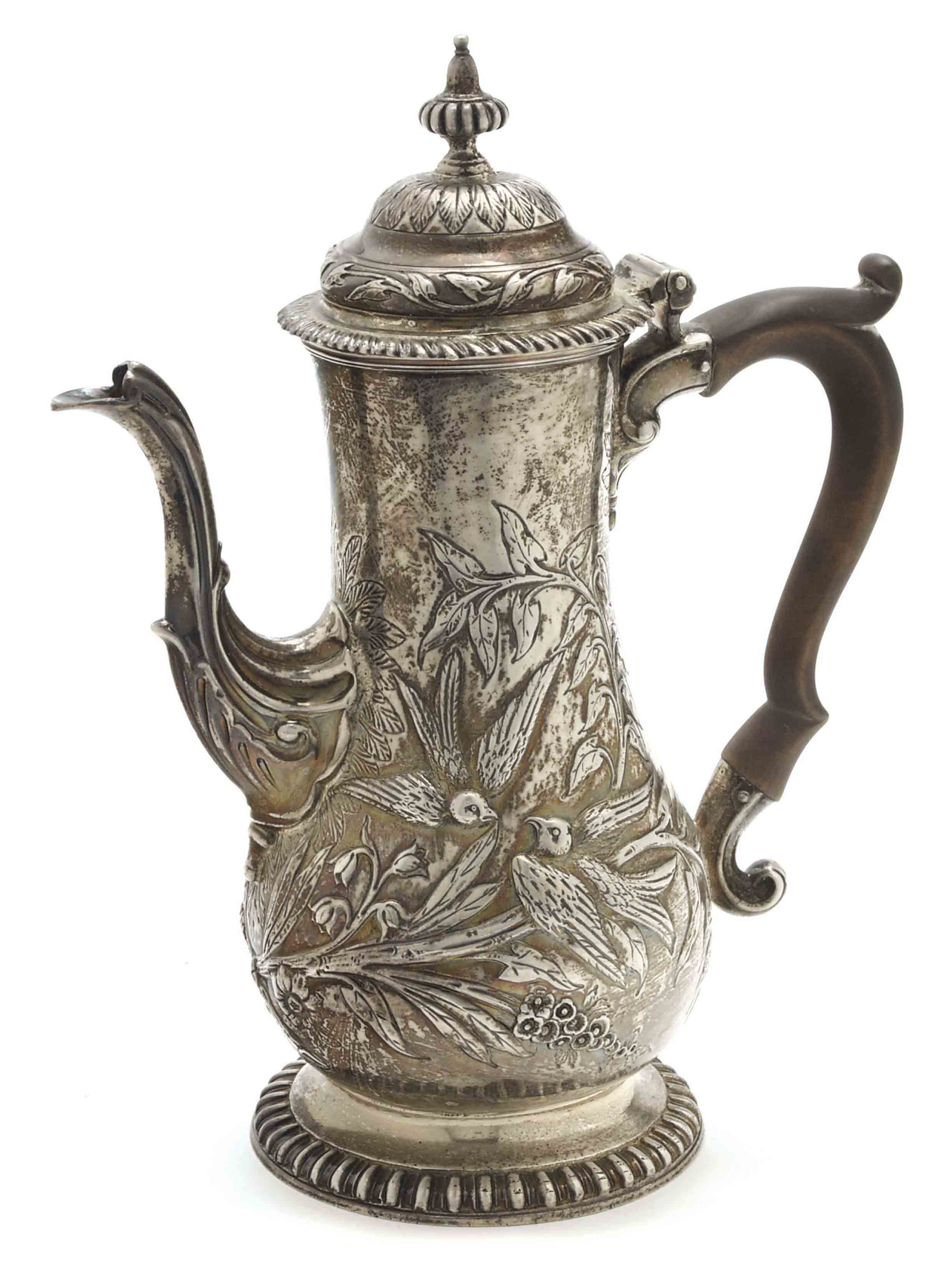 A GEORGE III SILVER COFFEE POT WITH WOOD HANDLE,