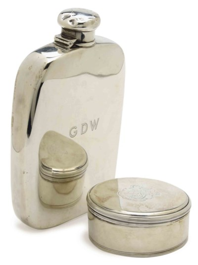 AN AMERICAN SILVER LARGE FLASK