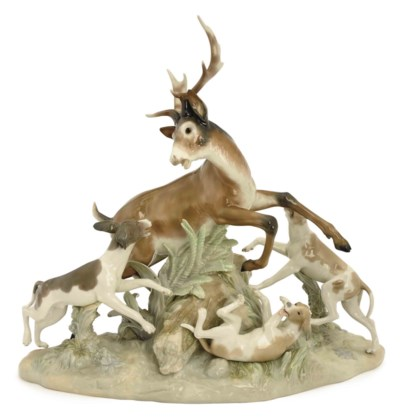 A SPANISH PORCELAIN HUNT SCENE