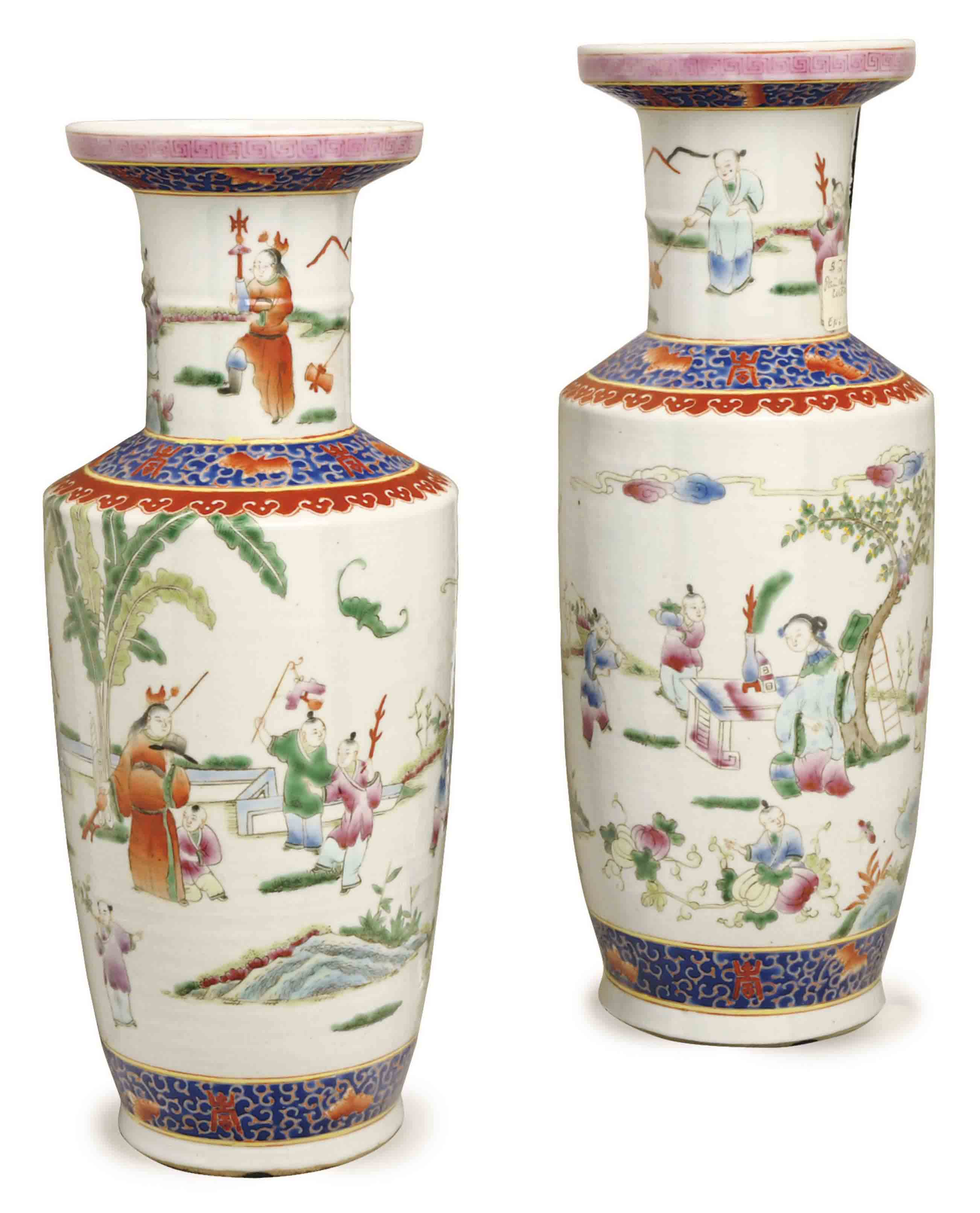 A PAIR OF CHINESE-STYLE ENAMELED PORCELAIN ROULEAU VASES,